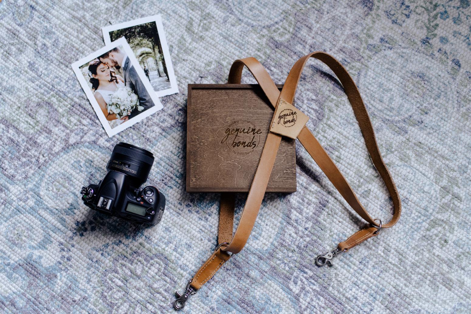 Genuine-Bonds-Daria-Becker-Holzbox-Hochzeitsreportage-Köln-Bonn-Hochzeitsfotografin-Hochzeitsfotograf-Fine-Art-Prints-1