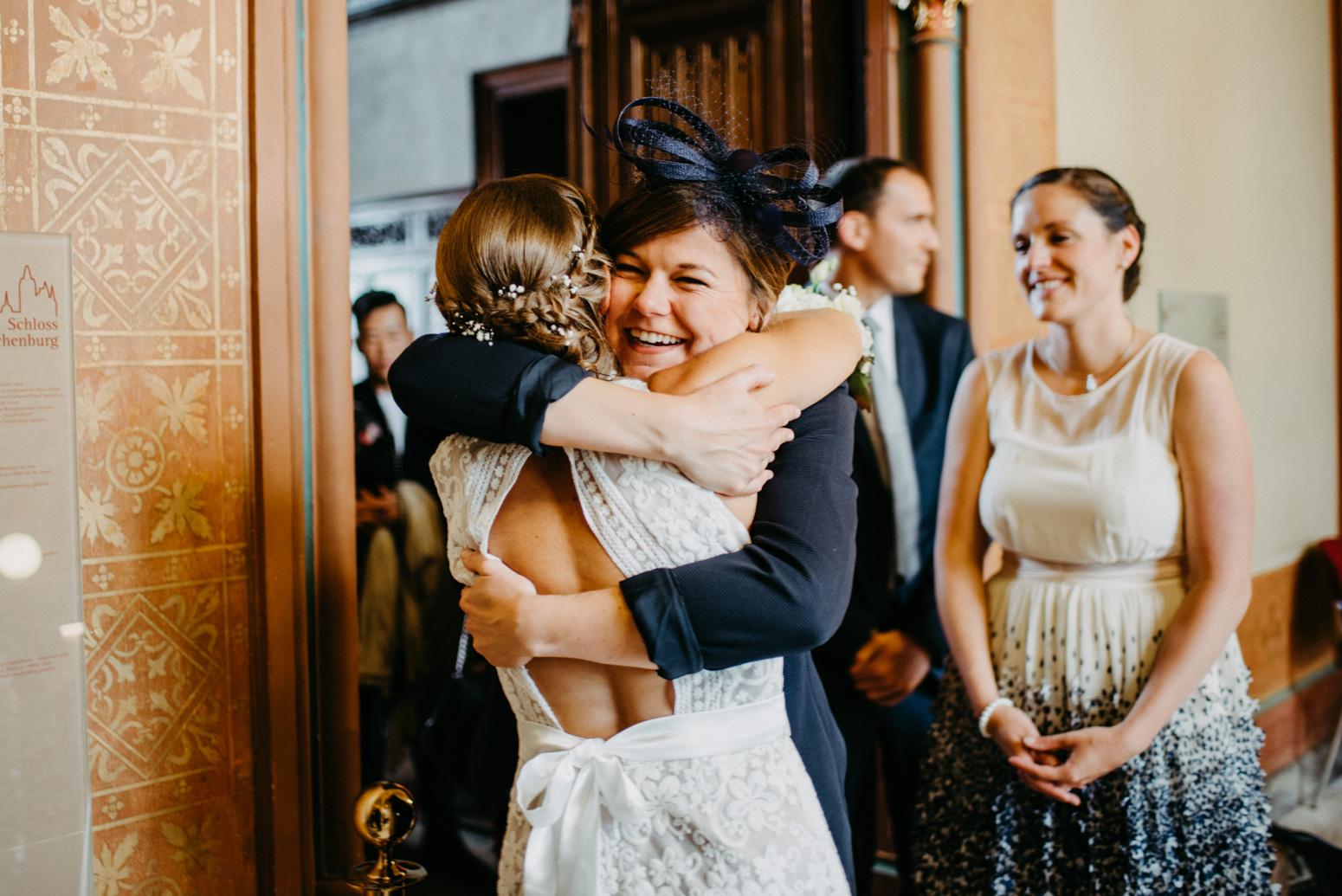 Gratulation auf einer Hochzeit auf Schloss Drachenburg in Königswinter