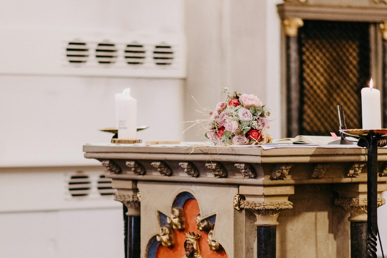 Trauung in der St. Laurentius Kirche, Oberwinter